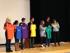 Mary Beth Tinker, far right, quizzes students on the provisions of the First Amendment. Students who answered correctly stood on stage with corresponding T-shirts.