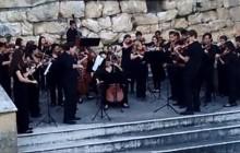 VIDEO: Davis High baroque ensemble performs in Italy