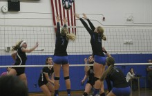 Women's varsity volleyball pulls out tough win over Franklin