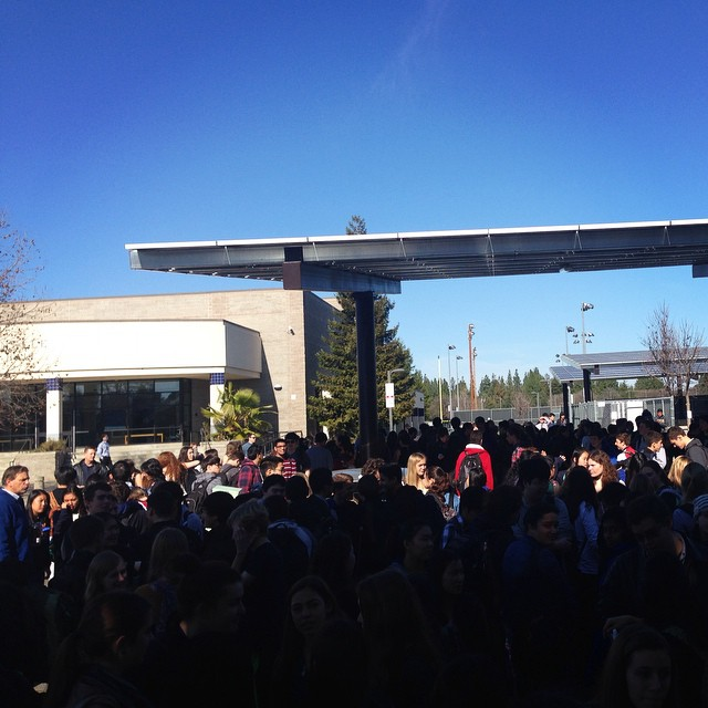 UPDATE 1:13pm It has been 15 minutes since the fire alarm has gone off, students are now being instructed to go to class. (Photo: B. Potoski)
