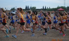 The Blue Devil frosh/soph women stampede across the dusty starting line. Frosh/soph women placed first overall.