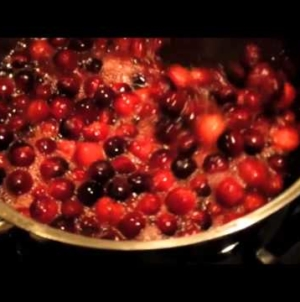 FOOD CHANNEL: Cranberry Sauce