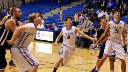 PHOTOS: JV men's basketball at Break the Record Night (Jan. 29)