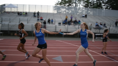 Track tramples Elk Grove, Franklin at first league meet