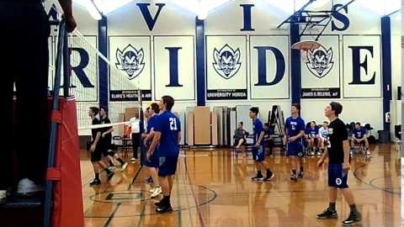 Men's volleyball serves up a win against Sheldon