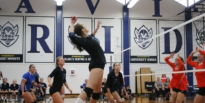 Devils defeated by Dogs in women's volleyball