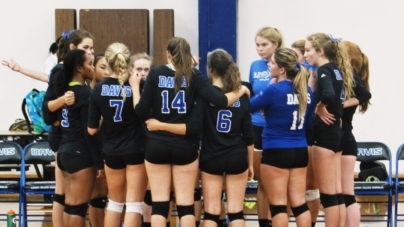 Close volleyball game crowns Elk Grove as winner