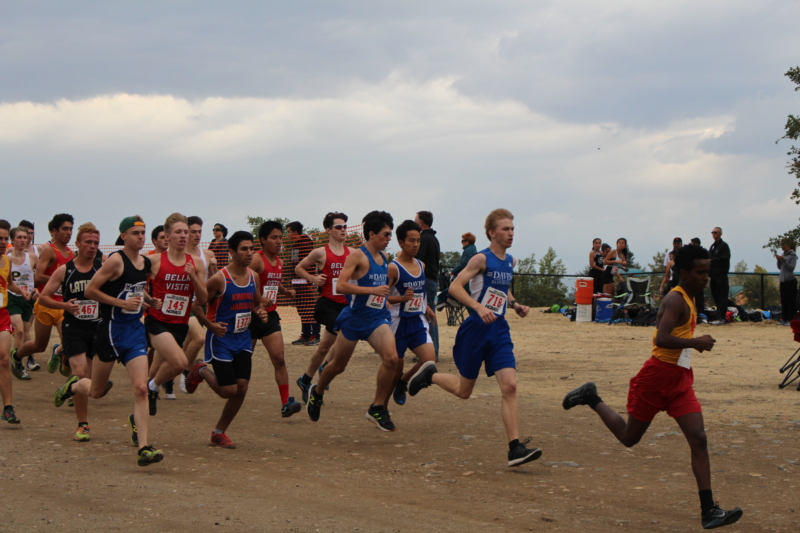 Junior Stephen Nichols (18:09) leads the harriers in the 5,000 meter junior varsity race. (Photo: A. Bobrowsky)