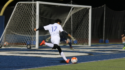 Men's soccer evens field with Dixon