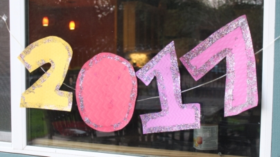 DIY: How to create homemade New Year's decorations