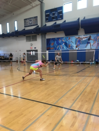 Badminton wins against Rodriguez