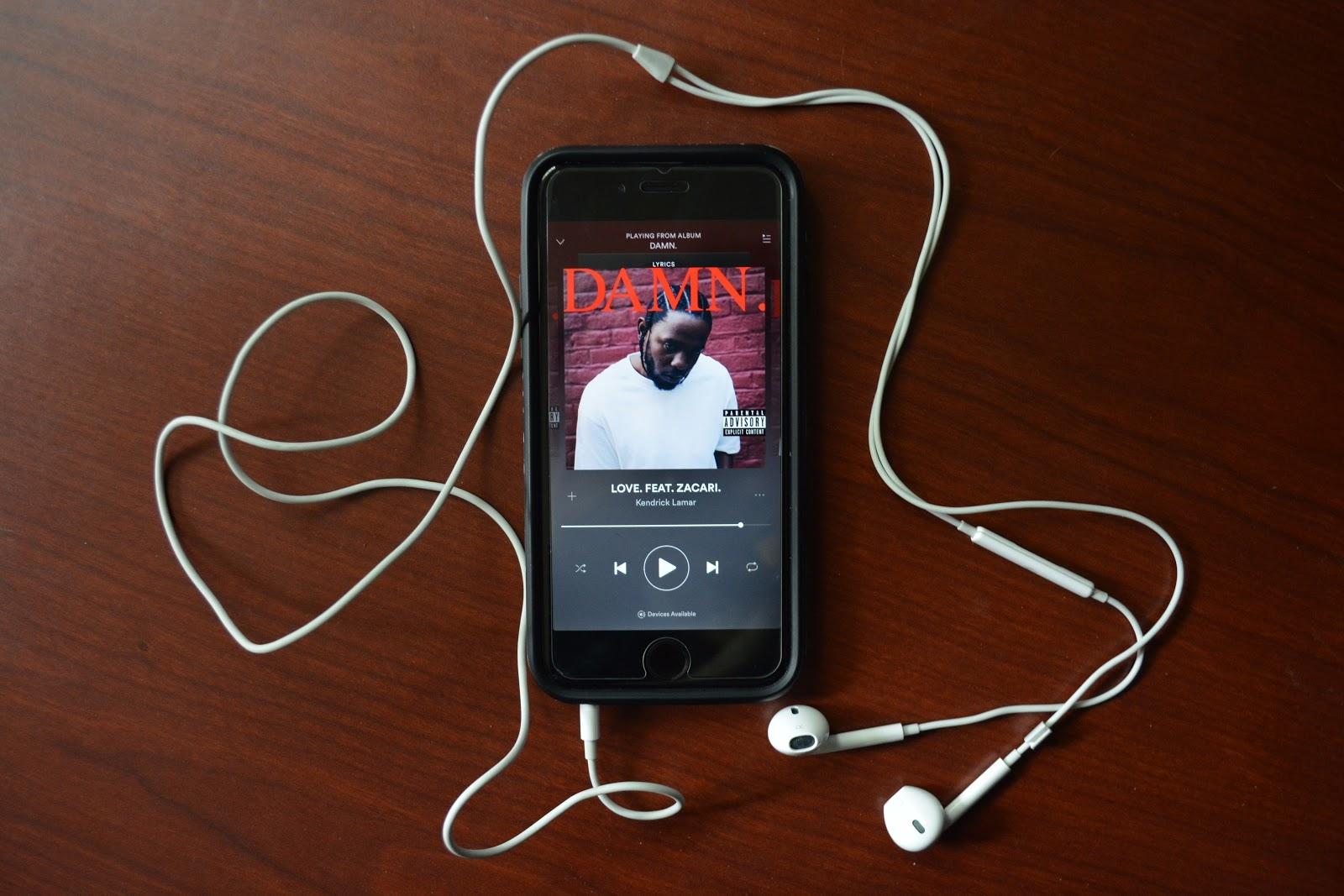 "Kendrick Lamar's ""DAMN."" ignites conversation about race"