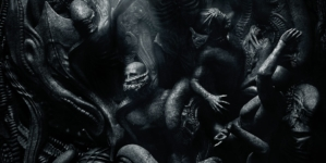 "REVIEW: ""Alien: Covenant"" is solidly terrifying addition to ""Alien"" sag"