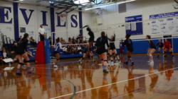 HIGHLIGHTS: Volleyball defeats Vacaville