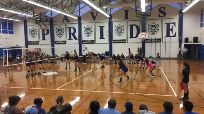 Women's volleyball suffers tough loss to Pleasant Valley