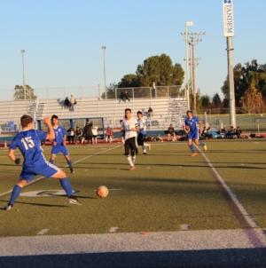 Men's soccer shuts out Dixon High in preseason