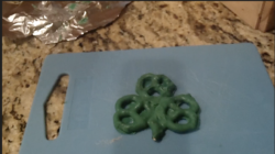DIY: St. Patrick's Shamrocks