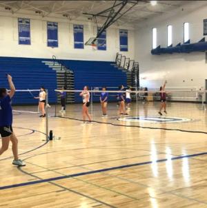 Women's badminton defeats Vintage on Senior Night