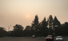 "Air quality reaches ""hazardous"" levels; Davis High closes"