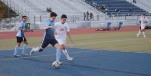 HIGHLIGHTS: Men's Soccer Davis Senior High vs Elk Grove