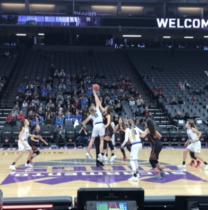 Womens basketball advances in playoffs, defeats rivals